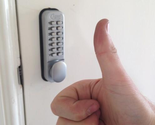 digital-code-door-lock-rk-locksmiths-liverpool