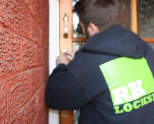 rk-locksmiths-liverpool-lock-picking